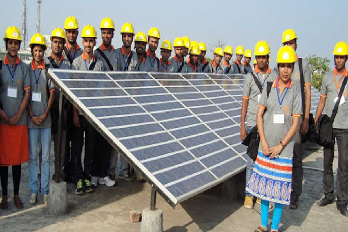 Solar Technical Training-accommodation provided by the Central Government, food is free!