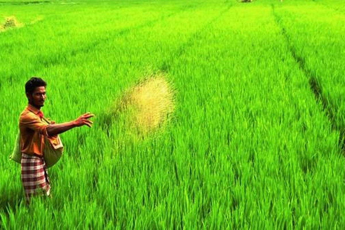 Is PM-Kisan fund being raised to Rs 10,000?
