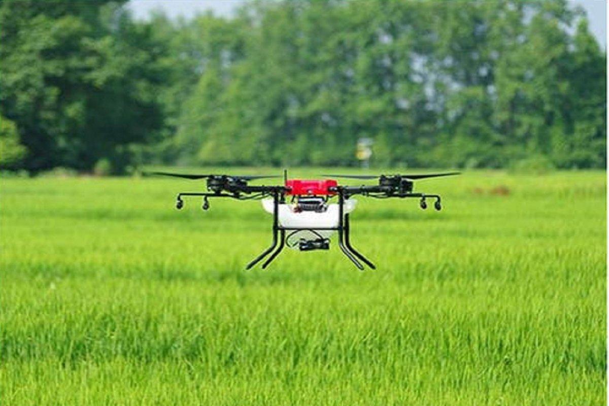 Flying plane wirh Drone