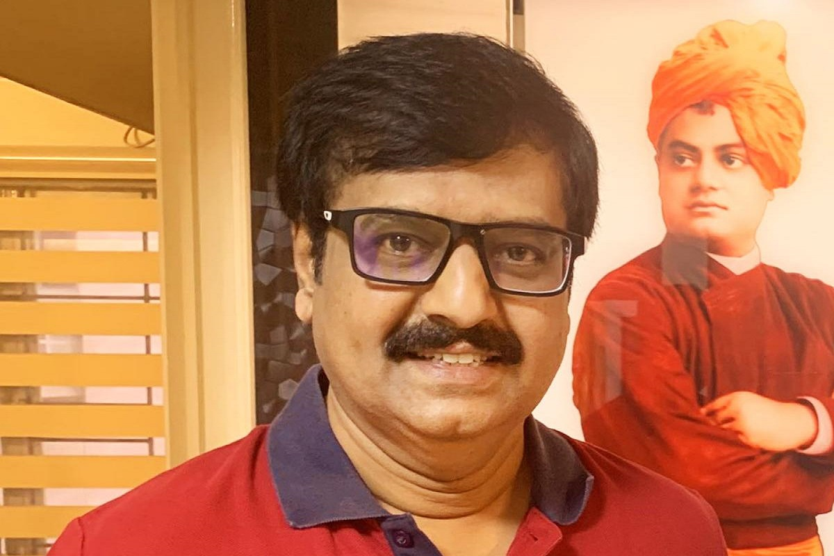 Comedian Vivek passes away