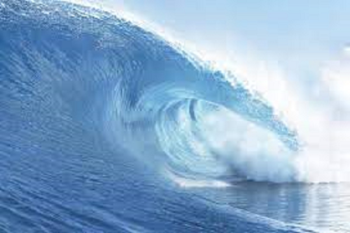 In coastal areas, sea waves rise to a height of 2 meters!
