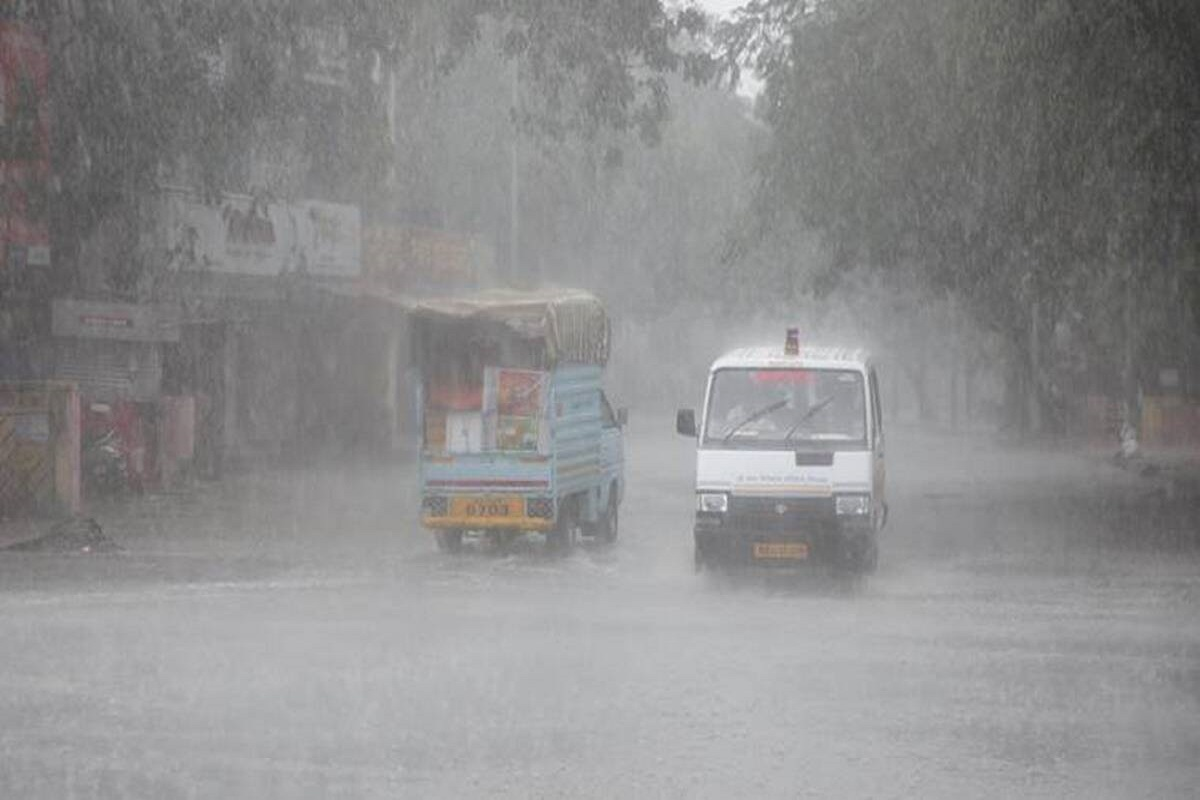 Chance of heavy rain in delta districts!