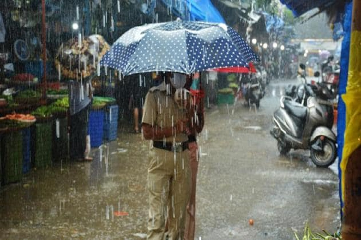 Chance of heavy rain in Tamil Nadu for the next 36 hours!