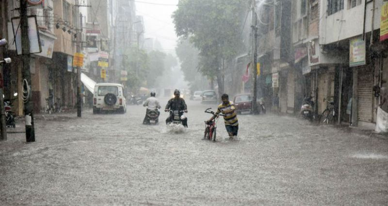 Heavy Rainfall For next 24 Hours In Tamil Nadu