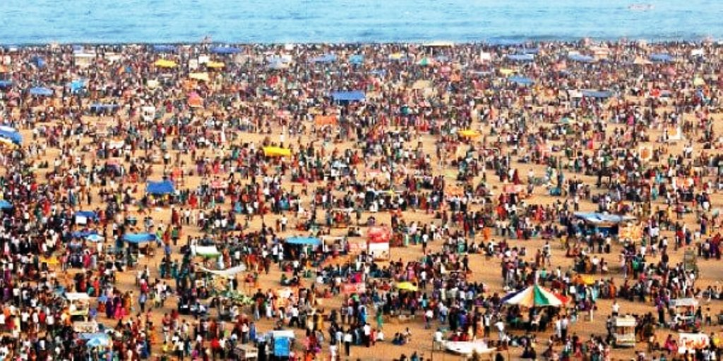 Marina beach kanum Pongal celebration