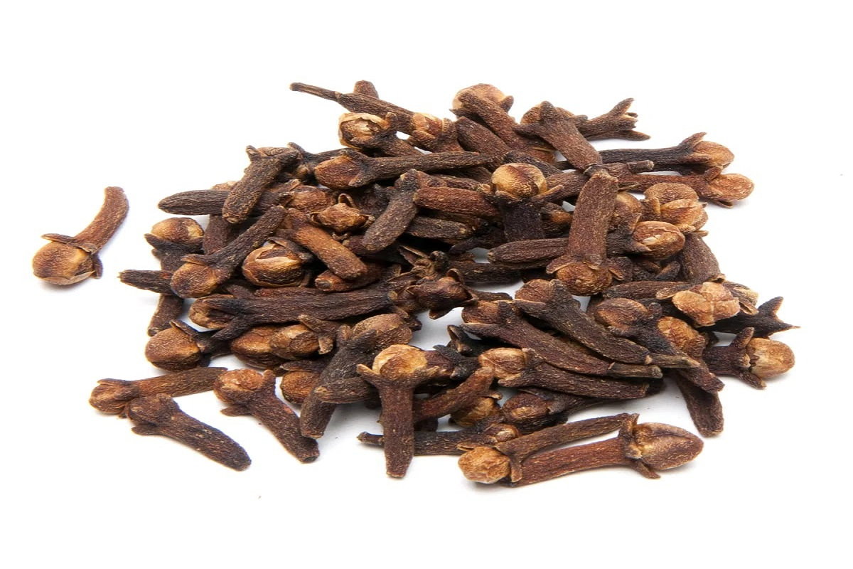 Top to toe - the most effective medicinal herb clove!