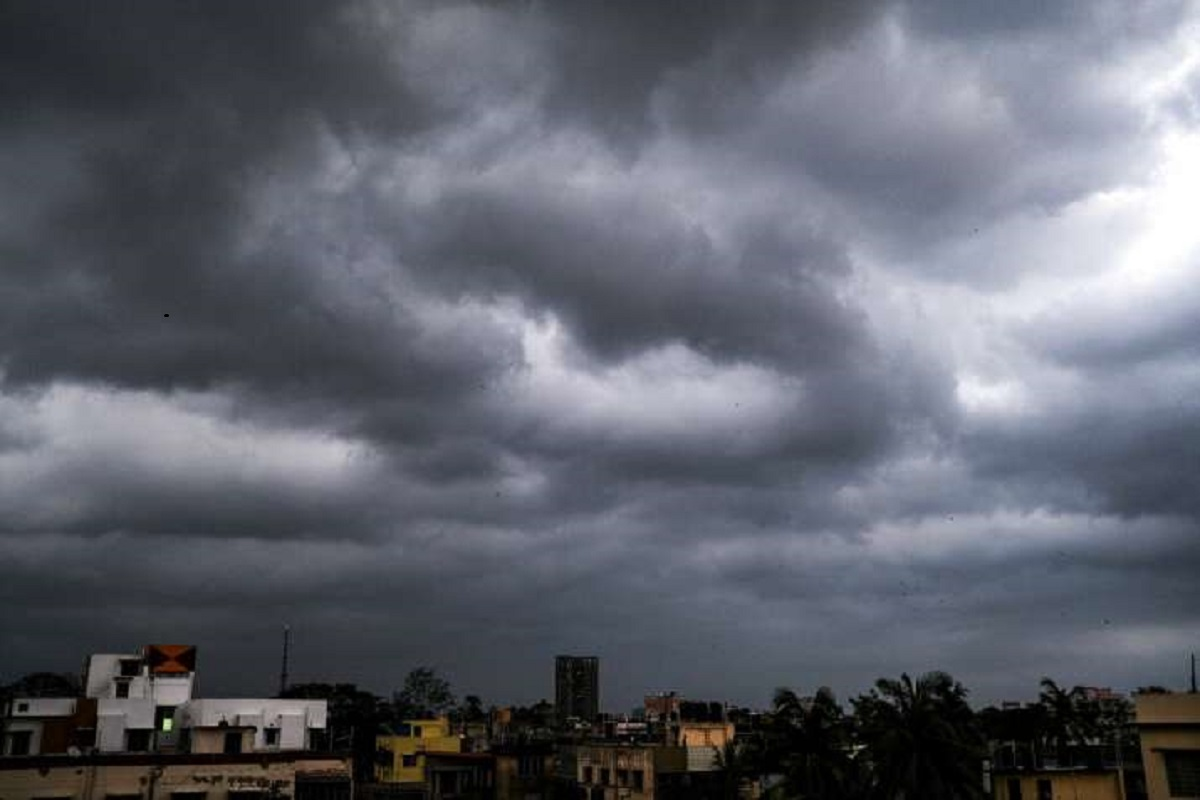 Heavy rains expected in 15 districts