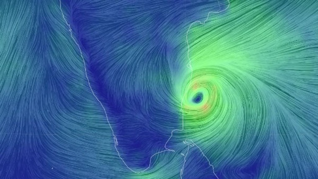 Niver Cyclone: Nivar crosses the coast in the early morning - Heavy rains with hurricane force winds of 140 km - Tamil Nadu in the grip of floods!